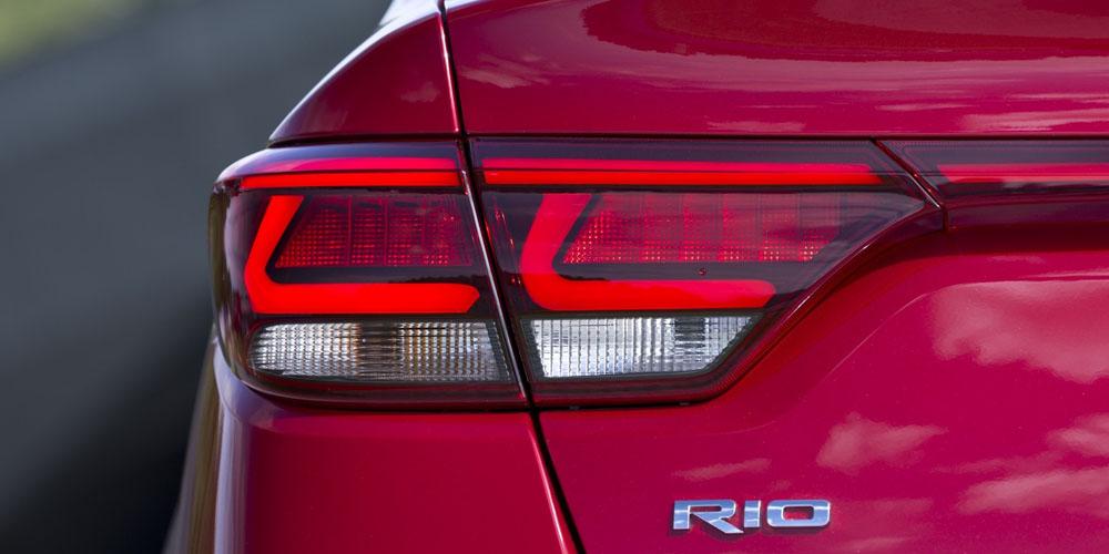 Обзор Kia Rio 4 поколения 2018: характеристики, цены и комплектации