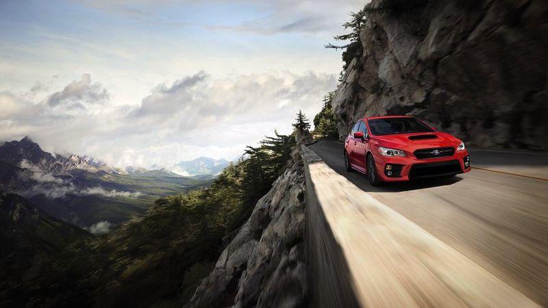 Объявлены цены на Subaru WRX и WRX STI 2019. Изучаем комплектации