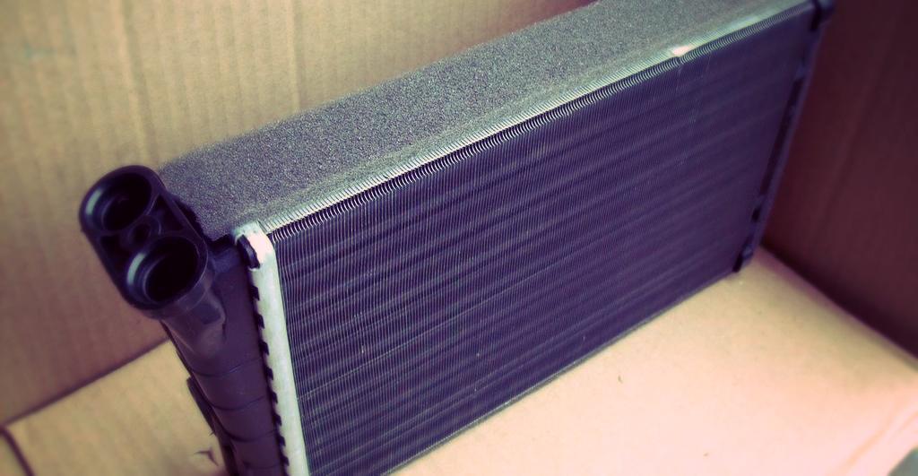 Опель Омега В: промываем радиатор печки без снятия