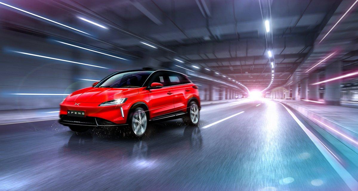 В КНР начались продажи электрического кроссовера Xiaopeng G3, клона Tesla Model X